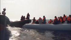 """""""ONGs têm sua própria agenda e incitam imigrantes a atravessar a fronteira"""", diz Guarda Costeira da Líbia (Vídeo)"""