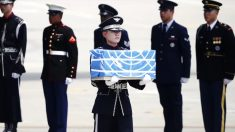 Trump agradece a Kim por devolver restos mortais de soldados que lutaram na Guerra da Coreia (Vídeo)