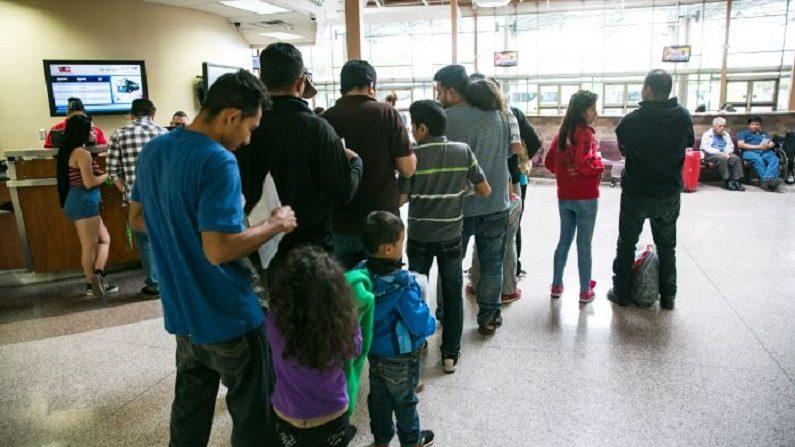 EUA restringem critérios para asilo