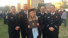 Bombeiros aparecem na formatura da faculdade para apoiar a filha do chefe caído