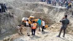 Menino de quatro anos cai em poço e fica preso por 34 horas antes de ser finalmente resgatado
