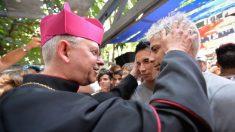 Igreja de Cuba rejeita mudanças na Constituição que permitiriam casamento gay