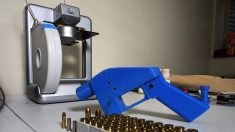 Justiça dos EUA proíbe distribuição de manuais para impressão 3D de armas