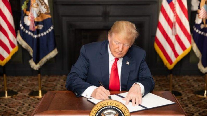 EUA voltarão a impor sanções ao Irã, enquanto protestos assolam regime