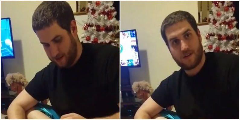 Rapaz ganha presente de Natal e descobre que vai ser papai