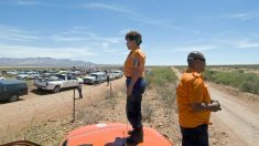 México intercepta 3 caminhões que levavam 124 migrantes centro-americanos