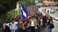 Caravana de migrantes envergonha Honduras
