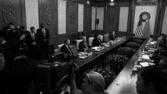 Pompeo visita Pequim e é recebido em clima de tensão devido deterioração das relações EUA-China