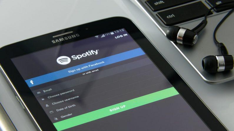 """Spotify completa 10 anos como """"salva-vidas"""" da indústria fonográfica"""