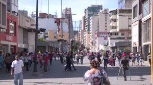 Especialistas preveem Natal terrível para maioria dos venezuelanos: sem ceia e com hiperinflação (Vídeo)