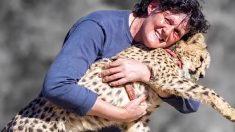 Chita ajuda mulher e curar seu câncer e então ela decide salvar a espécie ameaçada de extinção
