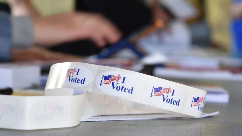 Eleições nos EUA: Republicanos assumem controle do Senado e Democratas da Câmara