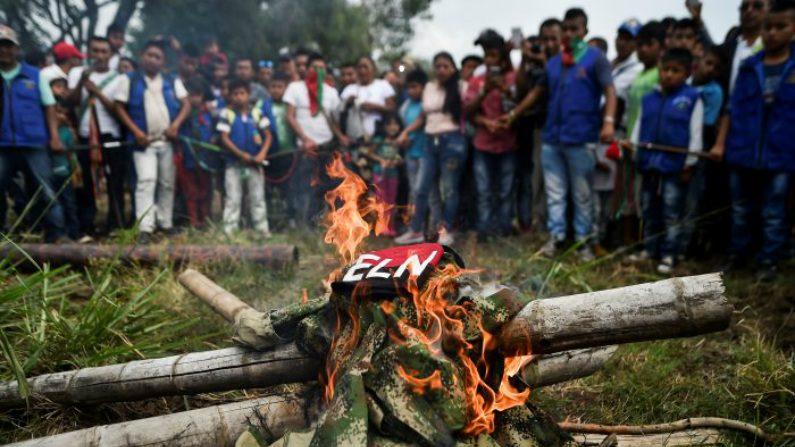 Confronto armado entre grupos marxistas mostra que violência ainda é realidade na Colômbia