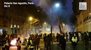 Protestos em Paris: reivindicações dos coletes amarelos são obscurecidas pela violência (Vídeo)