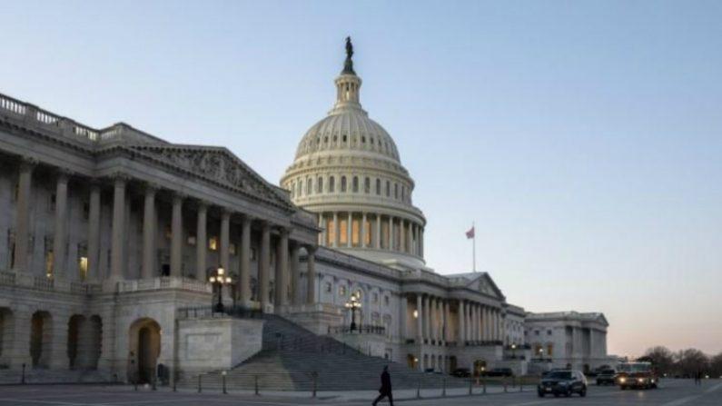 Câmara dos Deputados aprova verba para construção do muro entre EUA e México