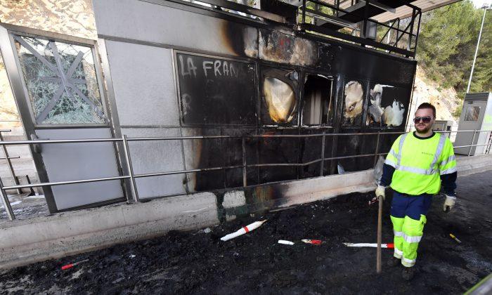 """Caos nas estradas francesas diante dos protestos dos """"coletes amarelos"""""""