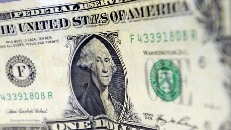 Dólar fecha a R$ 5,19, em novo recorde; Ibovespa tem queda superior a 10%