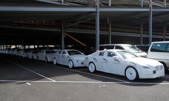 Jaguar Land Rover cortará milhares de empregos no Reino Unido após quedas de vendas na China e na Europa
