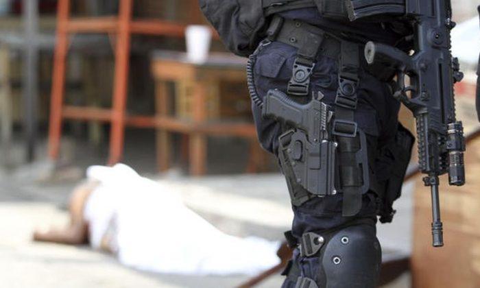21 corpos são encontrados perto da fronteira no norte do México após o confronto de gangues