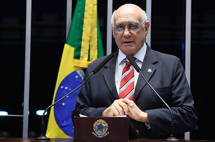 Autor da proposta, Lasier diz que não tem intenção de cercear protestos (Marcos Oliveira/Agência Senado)