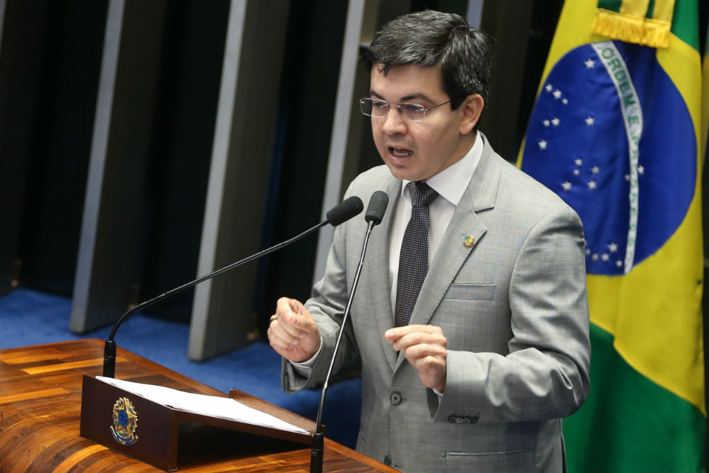 Projeto representa censura, diz Randolfe (Antonio Cruz/Agência Brasil)