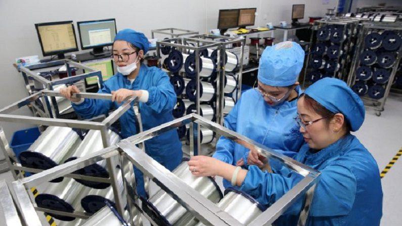 """Economia chinesa sofrerá """"maior pressão descendente"""" em 2019"""