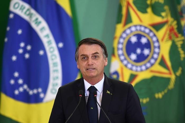 Presidente do Brasil, Jair Bolsonaro, discursa no Palácio do Planalto em Brasília, em 7 de janeiro de 2019 (Evaristo Sá/AFP/Getty Images)