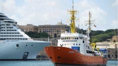 Salvini reitera fechamento de portos italianos em meio à revolta de prefeitos