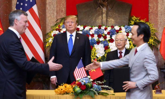 Empresas dos EUA assinam acordos no valor de US$ 21 bilhões no Vietnã