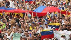 """Maduro ameaça prender venezuelanos que deixaram o país se eles voltarem: """"sabemos tudo sobre eles"""""""