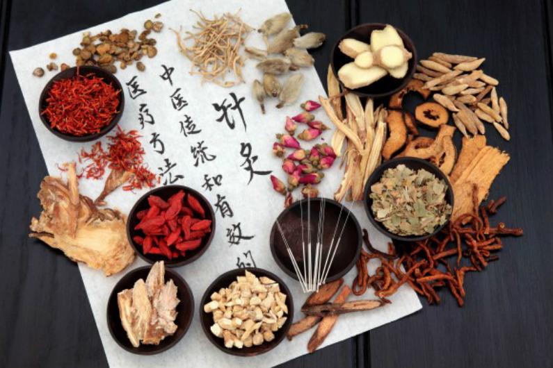 A medicina chinesa se concentra em no corpo todo, assim como na mente e no espírito (Marilyn Barbone/Shutterstock)