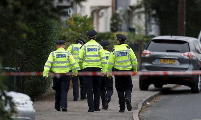 Polícia do Reino Unido prende 33 homens por abuso sexual infantil