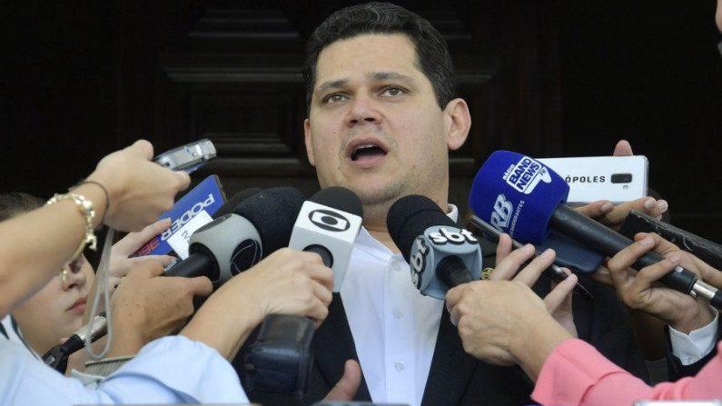 """Davi Alcolumbre diz que CPI da Lava Toga """"não vai fazer bem para o Brasil"""""""
