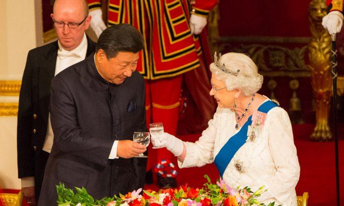 """Brexit pode deixar Reino Unido vulnerável à """"interferência"""" da China"""