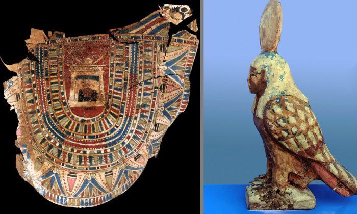 Artefatos E Mumias De Dois Mil Anos Descobertos Em Tumba Egipcia