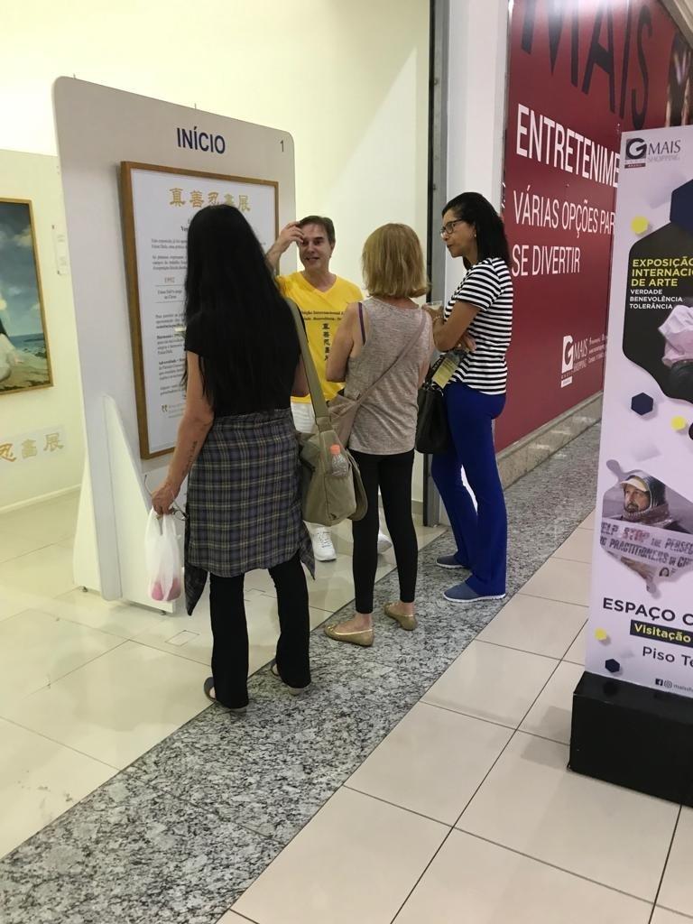(Associação Falun Dafa Brasil)