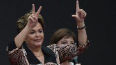 Dilma pede pela liberdade de Lula durante ato na Argentina