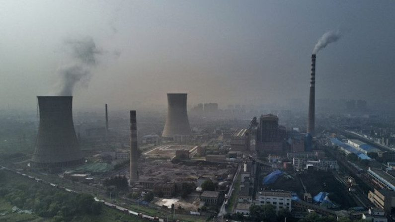 """Usinas de carvão secretas revelam estratégia """"miragem verde"""" da China"""