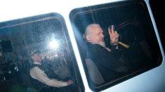 Presidente do Equador diz ter negociado condições para entregar Assange