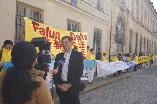 Alexandre Gabard, advogado da Associação do Falun Dafa (Minghui.org)
