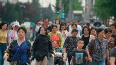 Povo chinês teme ser manipulado pela propaganda do regime na guerra comercial com EUA