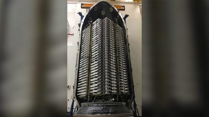 SpaceX lançará seus primeiros 60 satélites para oferecer internet do espaço