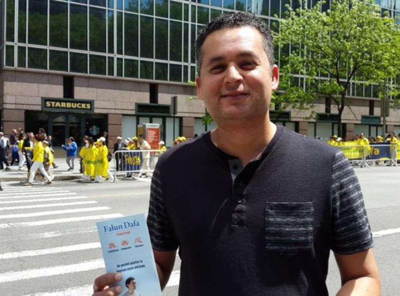 Neeras Bir, engenheiro de desenvolvimento de software da Filadélfia (Minghui.org)