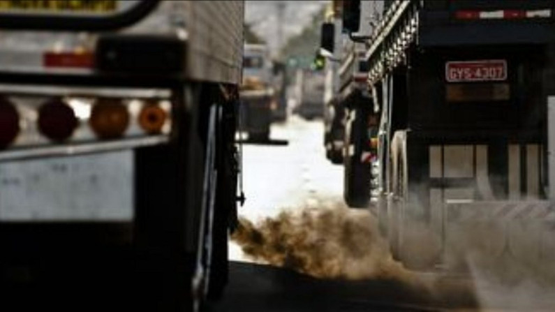 Amsterdã proibirá veículos a gasolina e a diesel a partir de 2030