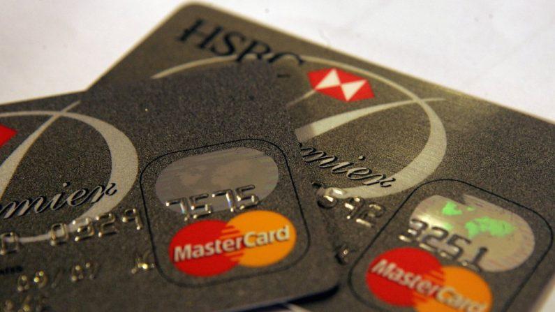 Cartão de crédito? Não se você for de direita