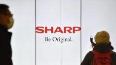 Fabricante de eletrônicos japonesa Sharp planeja mover produção de laptops e displays para fora da China