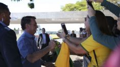 Bolsonaro descarta concursos nos próximos anos: