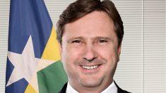 Senador preso por corrupção vai passar férias em resort no Caribe