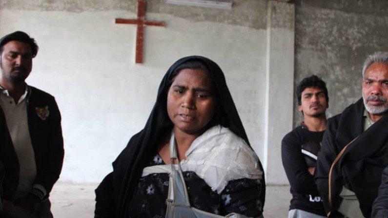 """Perseguição aos cristãos atinge """"estágio alarmante"""", alerta relatório"""
