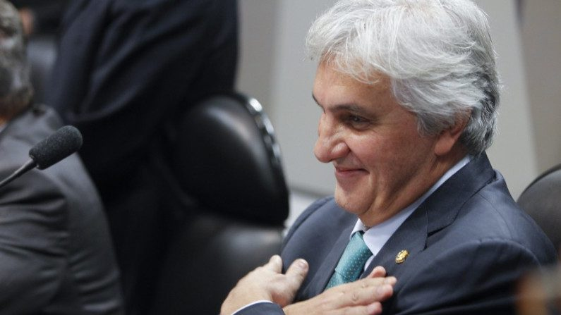 Senador cassado receberá aposentadoria de R$ 11,5 mil mensais